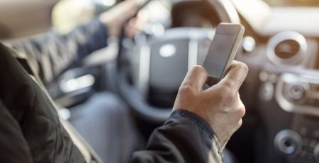 Helpful Tips for Avoiding Distracted Driving