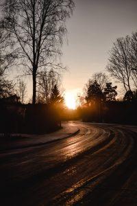Seasonal Driving Risks to Be Aware Of